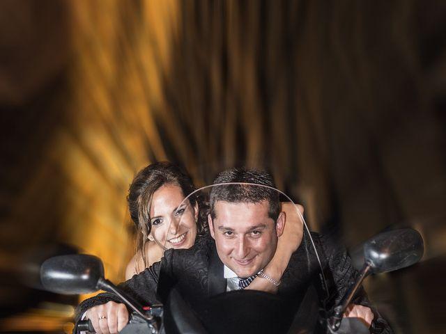 La boda de Santiago y Ester en Albelda De Iregua, La Rioja 40