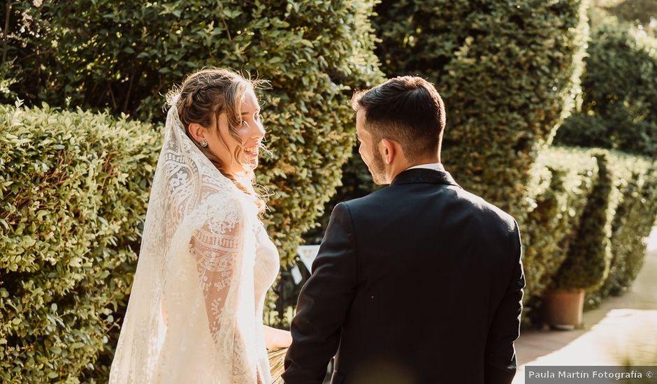 La boda de Carlos y María en Madrid, Madrid
