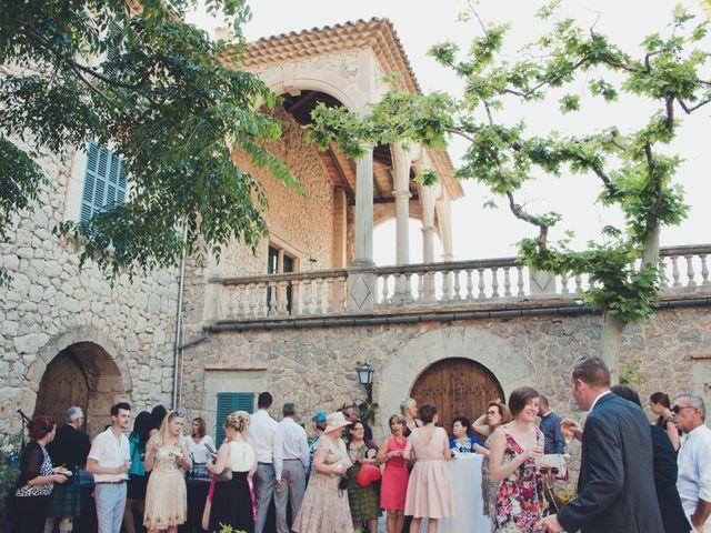 La boda de Fran y Sarah en Deià, Islas Baleares 13