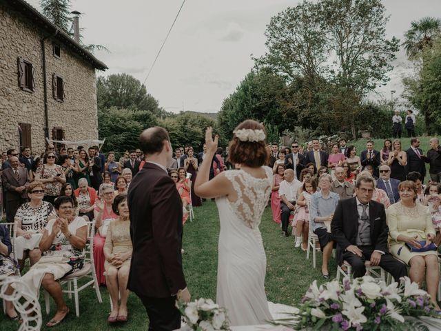 La boda de Dani y Ana en Ventas De Armentia, Burgos 1