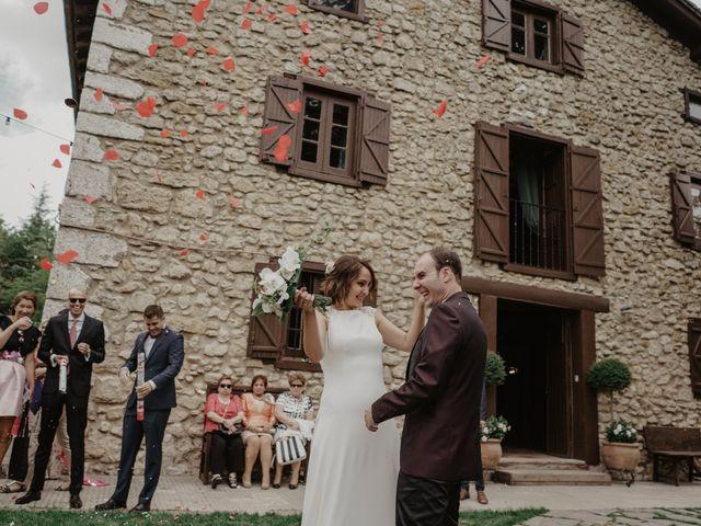 La boda de Dani y Ana en Ventas De Armentia, Burgos 15