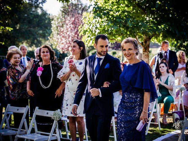 La boda de Ernesto y Celia en A Coruña, A Coruña 16