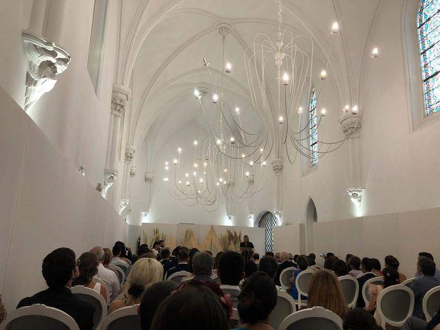 La boda de Alfonso y María Victoria en Pamplona, Navarra 6