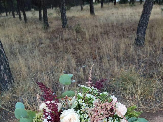 La boda de Kiko y Soraya  en Santa Maria De Los Llanos, Cuenca 6