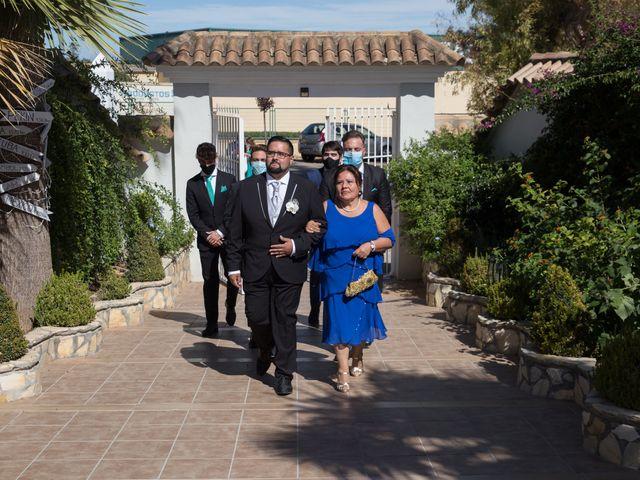 La boda de Yolanda y Omar en Lora De Estepa, Sevilla 10