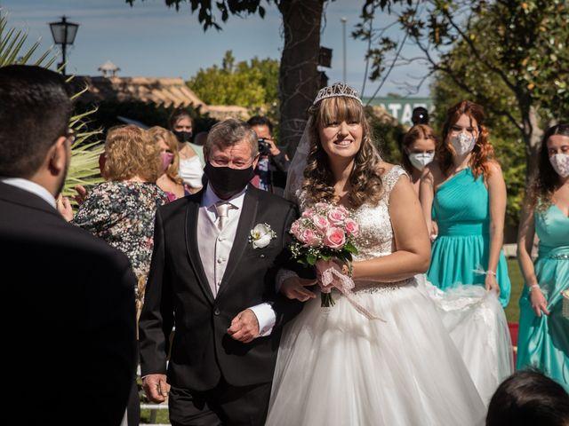 La boda de Yolanda y Omar en Lora De Estepa, Sevilla 14