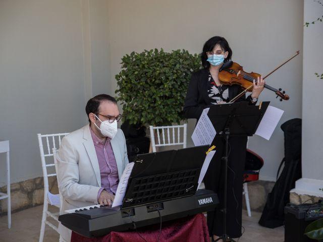 La boda de Yolanda y Omar en Lora De Estepa, Sevilla 16