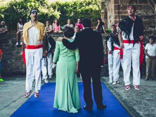 La boda de Gustavo y Maria José en Fresneda De La Sierra Tiron, Burgos 13