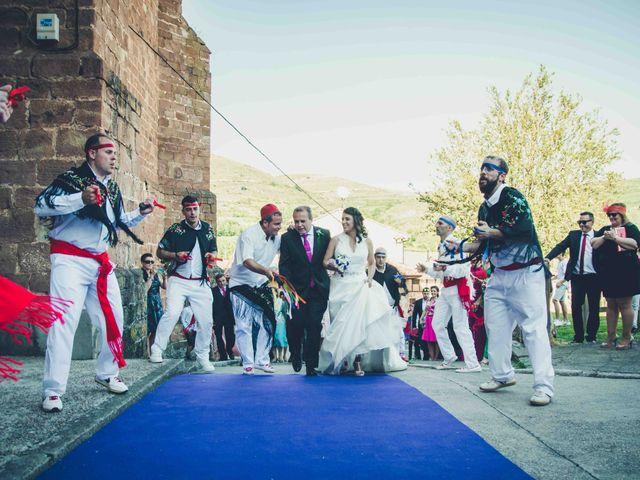 La boda de Gustavo y Maria José en Fresneda De La Sierra Tiron, Burgos 15