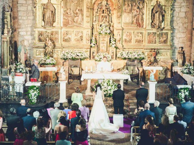 La boda de Gustavo y Maria José en Fresneda De La Sierra Tiron, Burgos 17