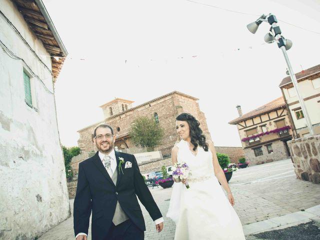 La boda de Gustavo y Maria José en Fresneda De La Sierra Tiron, Burgos 19