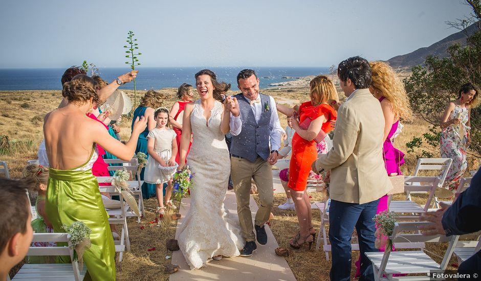 La boda de Paz y Jose en San Jose, Almería