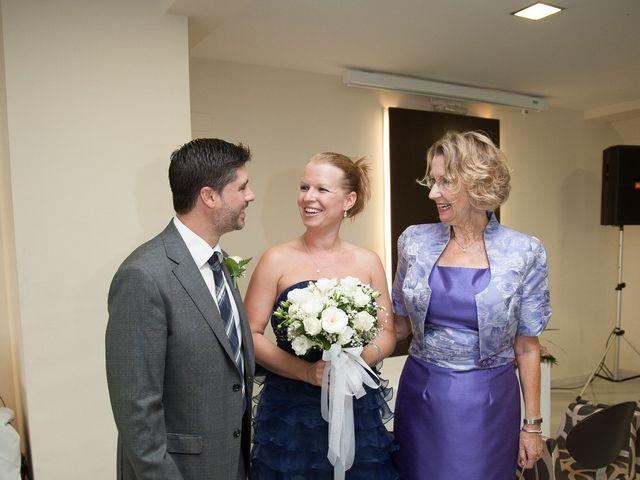 La boda de Eugenio y Christine en Valencia, Valencia 6