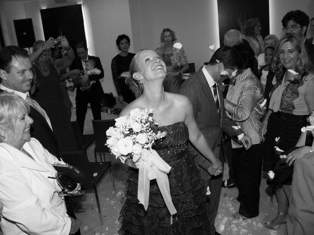 La boda de Eugenio y Christine en Valencia, Valencia 13