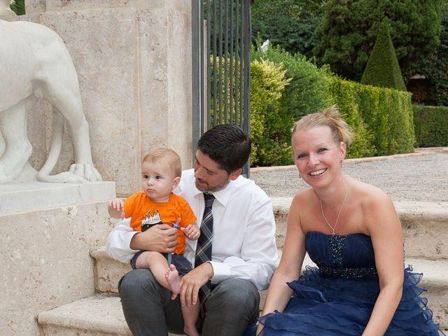 La boda de Eugenio y Christine en Valencia, Valencia 17