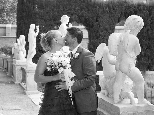 La boda de Eugenio y Christine en Valencia, Valencia 24