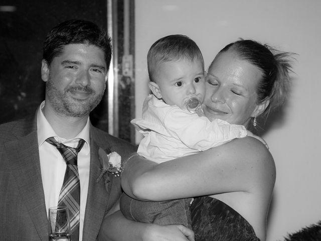 La boda de Eugenio y Christine en Valencia, Valencia 32
