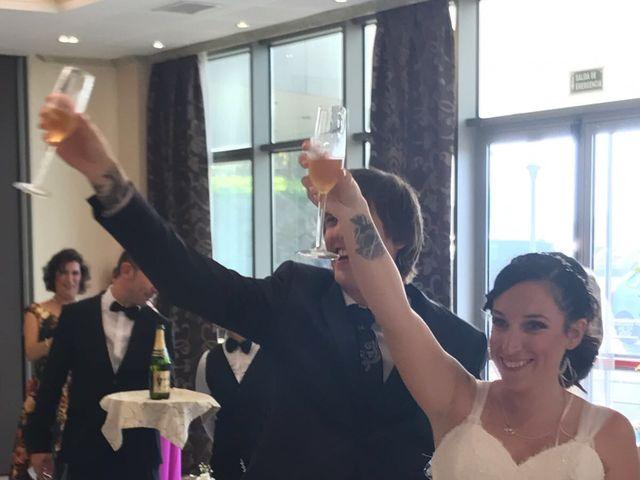 La boda de Miguel y Tamara en Soto Del Barco, Asturias 4