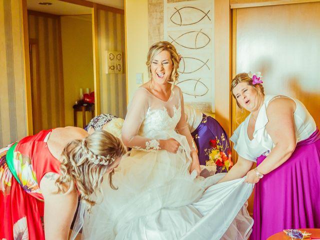 La boda de Juan y Silvia en Baiona, Pontevedra 17