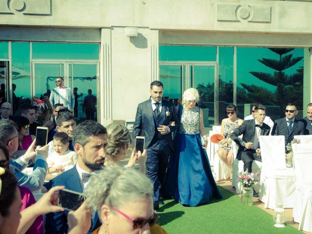 La boda de Juan y Silvia en Baiona, Pontevedra 31