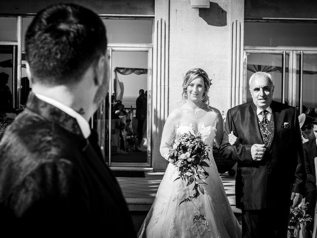 La boda de Juan y Silvia en Baiona, Pontevedra 33
