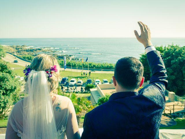 La boda de Juan y Silvia en Baiona, Pontevedra 44