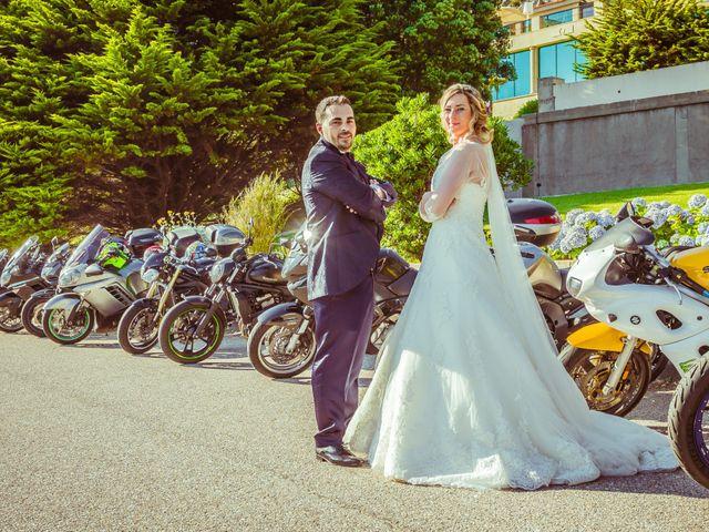 La boda de Juan y Silvia en Baiona, Pontevedra 47