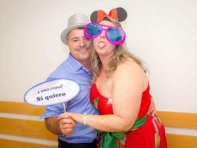 La boda de Juan y Silvia en Baiona, Pontevedra 69