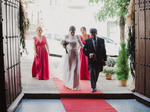 La boda de Ana del Carmen y Rafael en Alburquerque, Badajoz 23