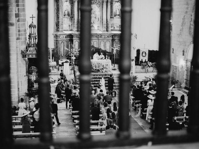 La boda de Ana del Carmen y Rafael en Alburquerque, Badajoz 27