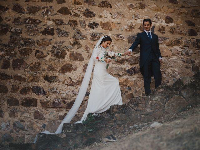 La boda de Ana del Carmen y Rafael en Alburquerque, Badajoz 34