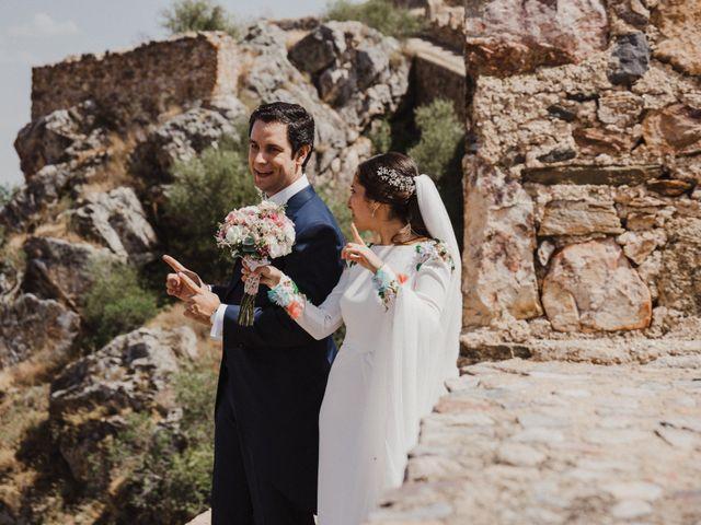 La boda de Ana del Carmen y Rafael en Alburquerque, Badajoz 40