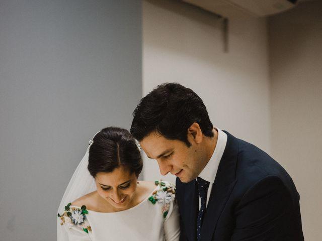 La boda de Ana del Carmen y Rafael en Alburquerque, Badajoz 44