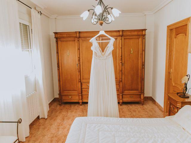 La boda de Adrian y Noelia en Almansa, Albacete 16