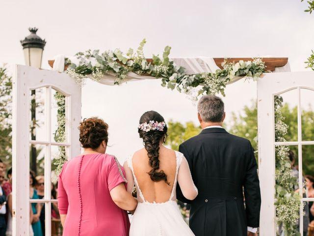 La boda de Monica y Manuel en Sanlucar De Barrameda, Cádiz 31