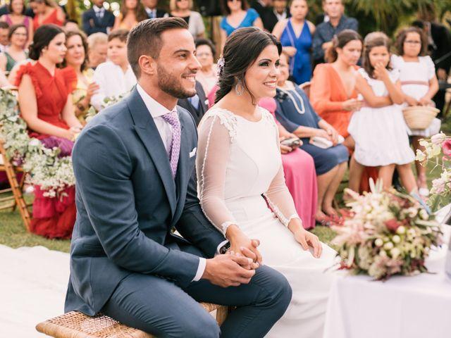 La boda de Monica y Manuel en Sanlucar De Barrameda, Cádiz 33