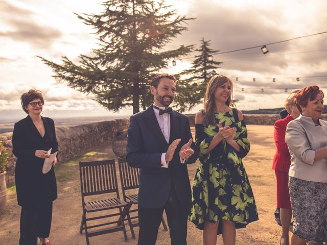 La boda de Yolanda y Alejandro en Torrelodones, Madrid 13