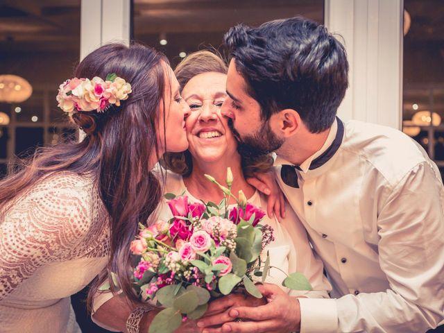 La boda de Silvia y Carlos en Santiago De Compostela, A Coruña 23