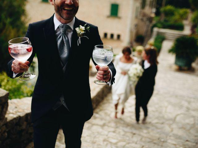 La boda de Niall y Agueda en Alaro, Islas Baleares 41