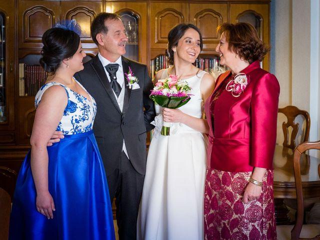 La boda de Santi y Laura en Baños De Cerrato, Palencia 17