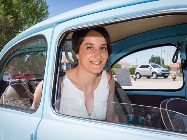 La boda de Santi y Laura en Baños De Cerrato, Palencia 23