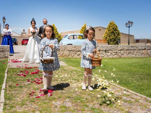 La boda de Santi y Laura en Baños De Cerrato, Palencia 27
