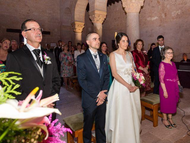 La boda de Santi y Laura en Baños De Cerrato, Palencia 31