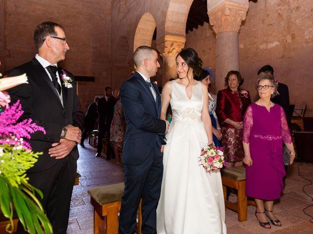 La boda de Santi y Laura en Baños De Cerrato, Palencia 35