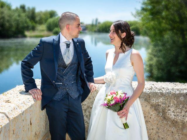 La boda de Santi y Laura en Baños De Cerrato, Palencia 44