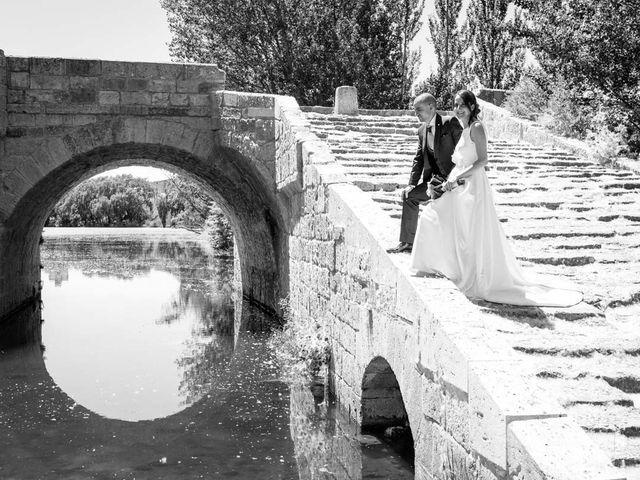 La boda de Santi y Laura en Baños De Cerrato, Palencia 45
