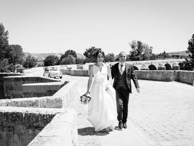 La boda de Santi y Laura en Baños De Cerrato, Palencia 52