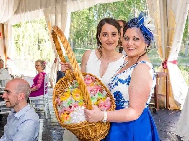La boda de Santi y Laura en Baños De Cerrato, Palencia 69
