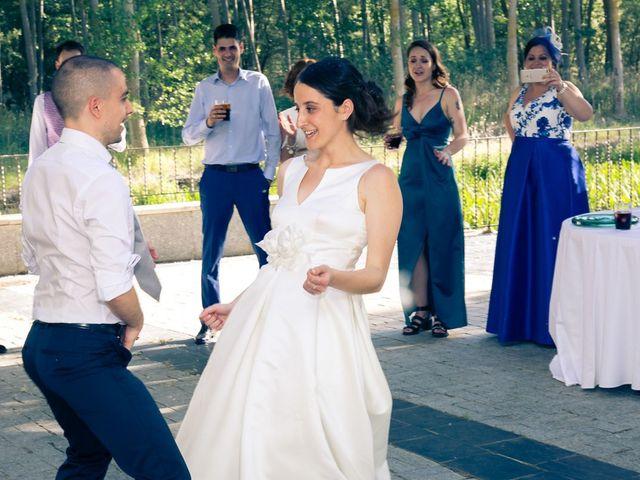 La boda de Santi y Laura en Baños De Cerrato, Palencia 74