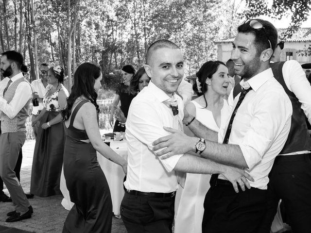 La boda de Santi y Laura en Baños De Cerrato, Palencia 76